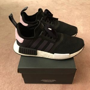 Adidas NMD_R1 Shoes (Woman)